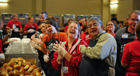 Volunteers at Feast of Sharing | Feeding America® Blog