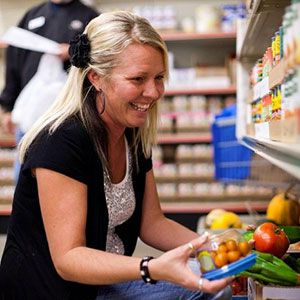 People struggling with hunger need nutritious food like produce provided by Feeding America® food banks.
