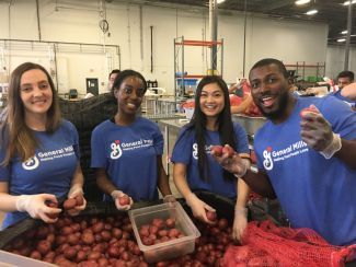 General Mills employees volunteering at food bank